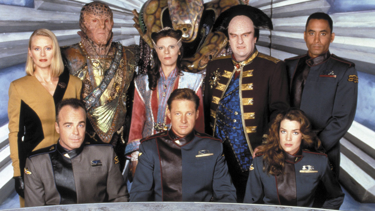 Babylon 5 cast photo.