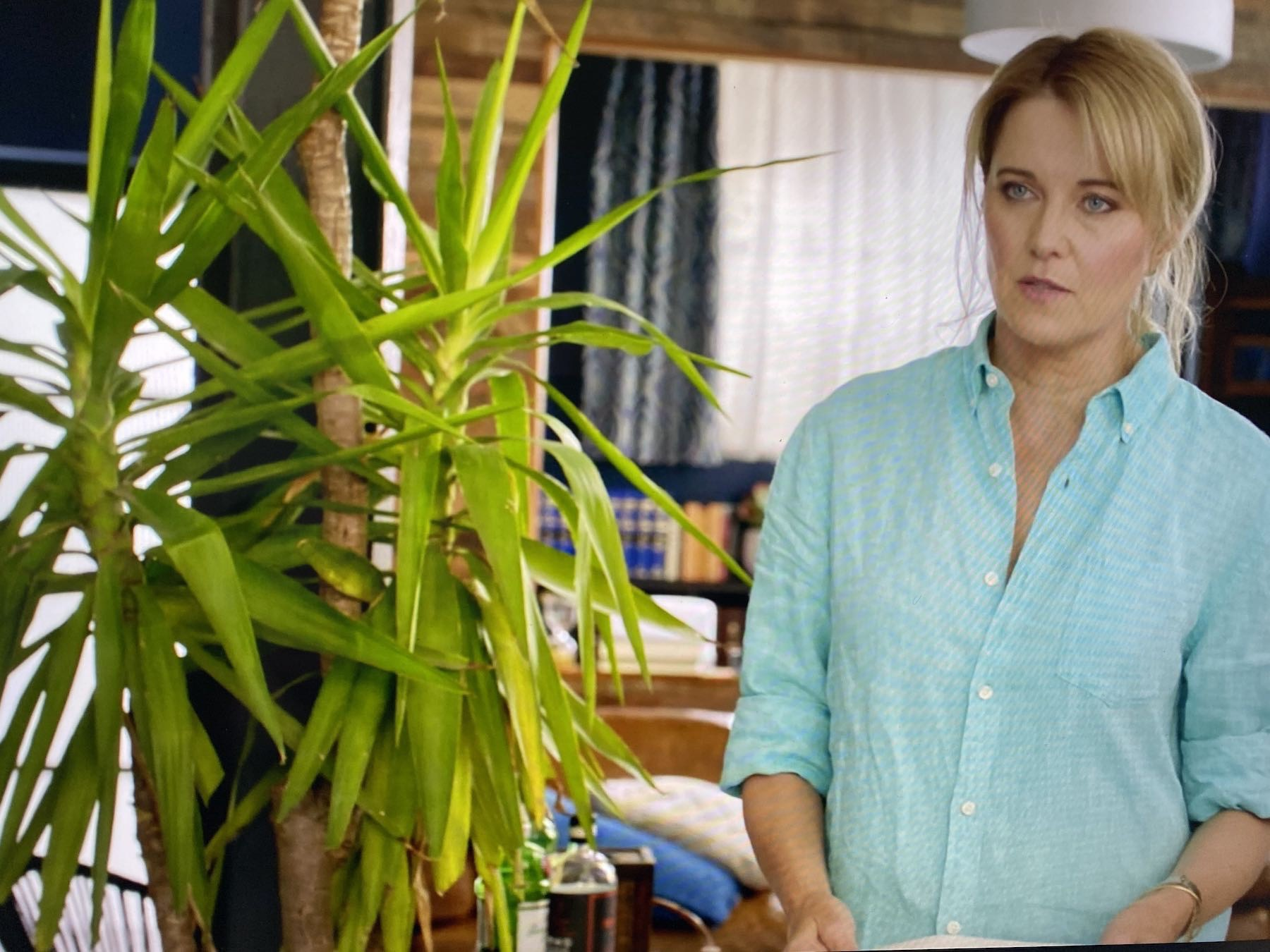SCreenshot from My Life is Murder, showing Lucy Lawless as Alexa Crowe.
