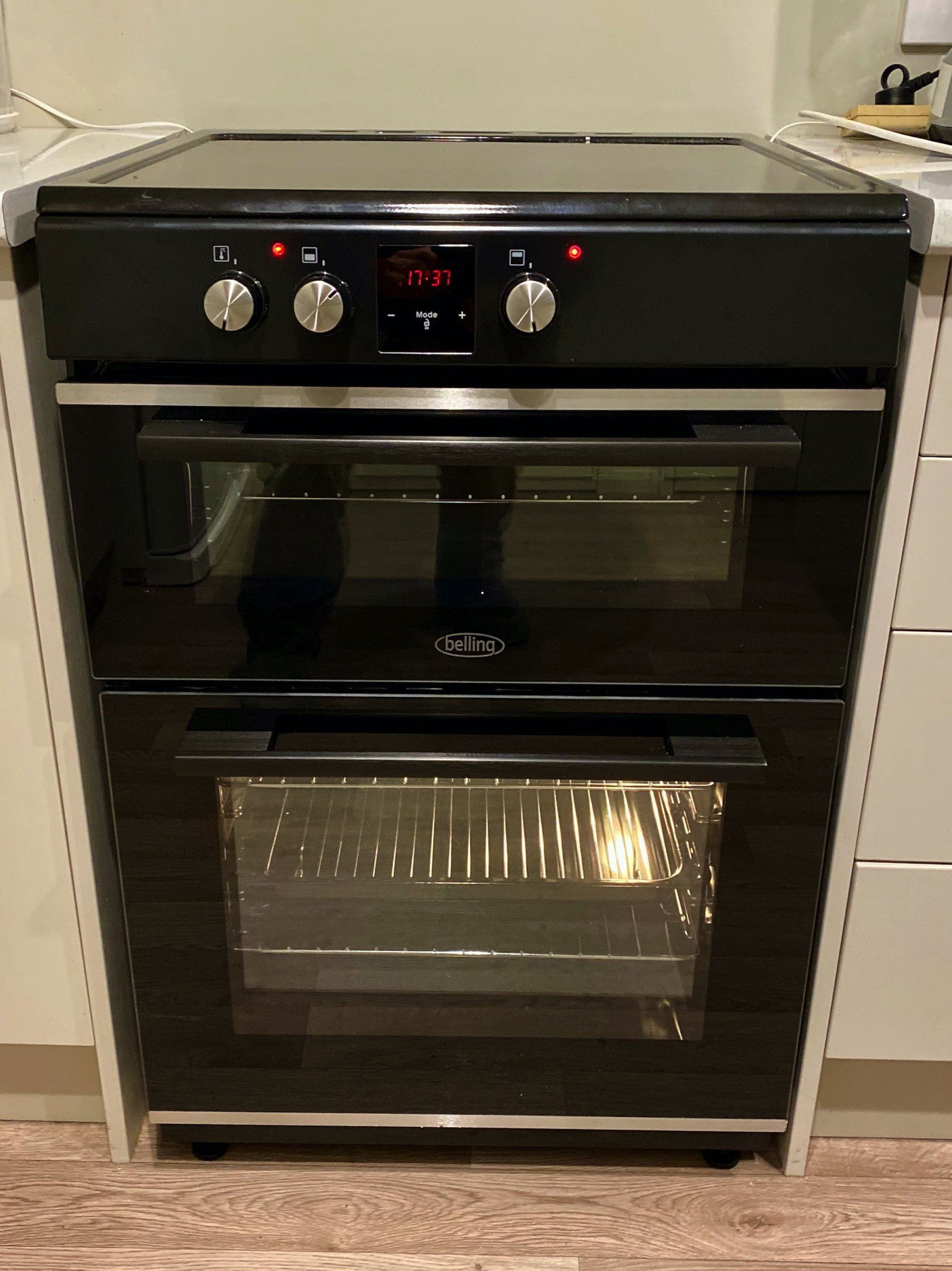Belling dual oven with induction hob.
